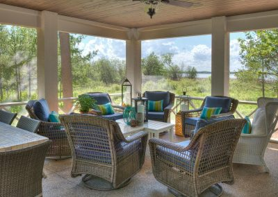 Lake Edward Retreat Porch
