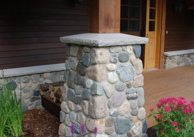Urbans Point Cottage Column